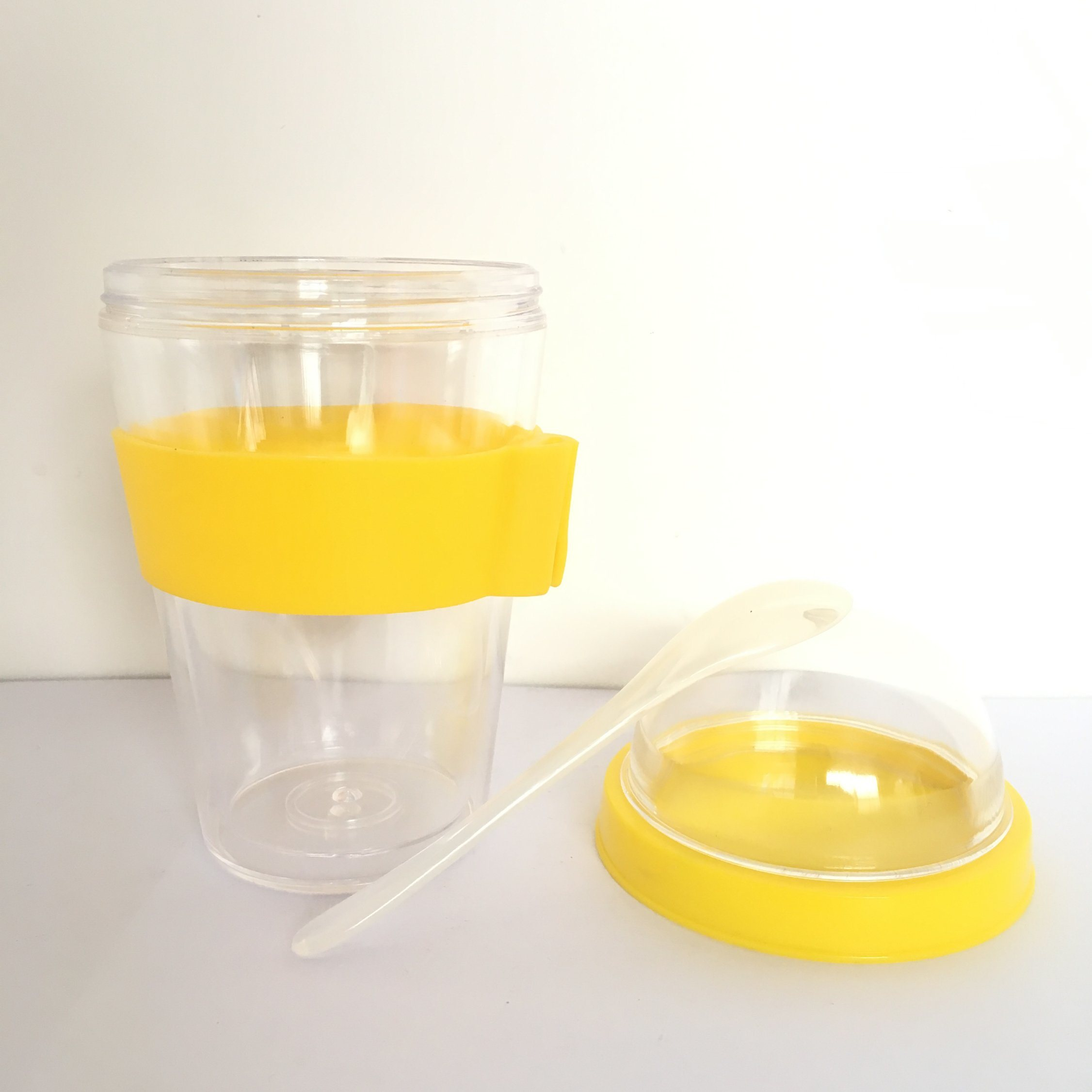 12 Ounce Cold Yogurt Breakfast Container Cup with Spoon and Silicone