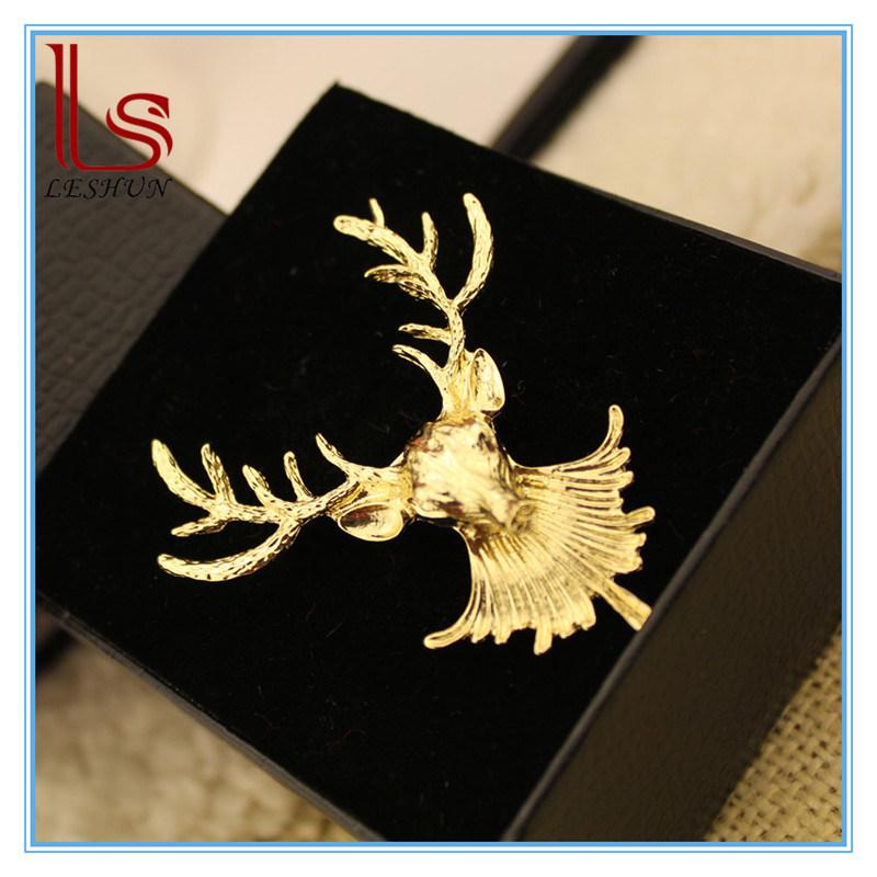 Christmas Ornaments Fashion Punk Moose Head Brooch Corsage