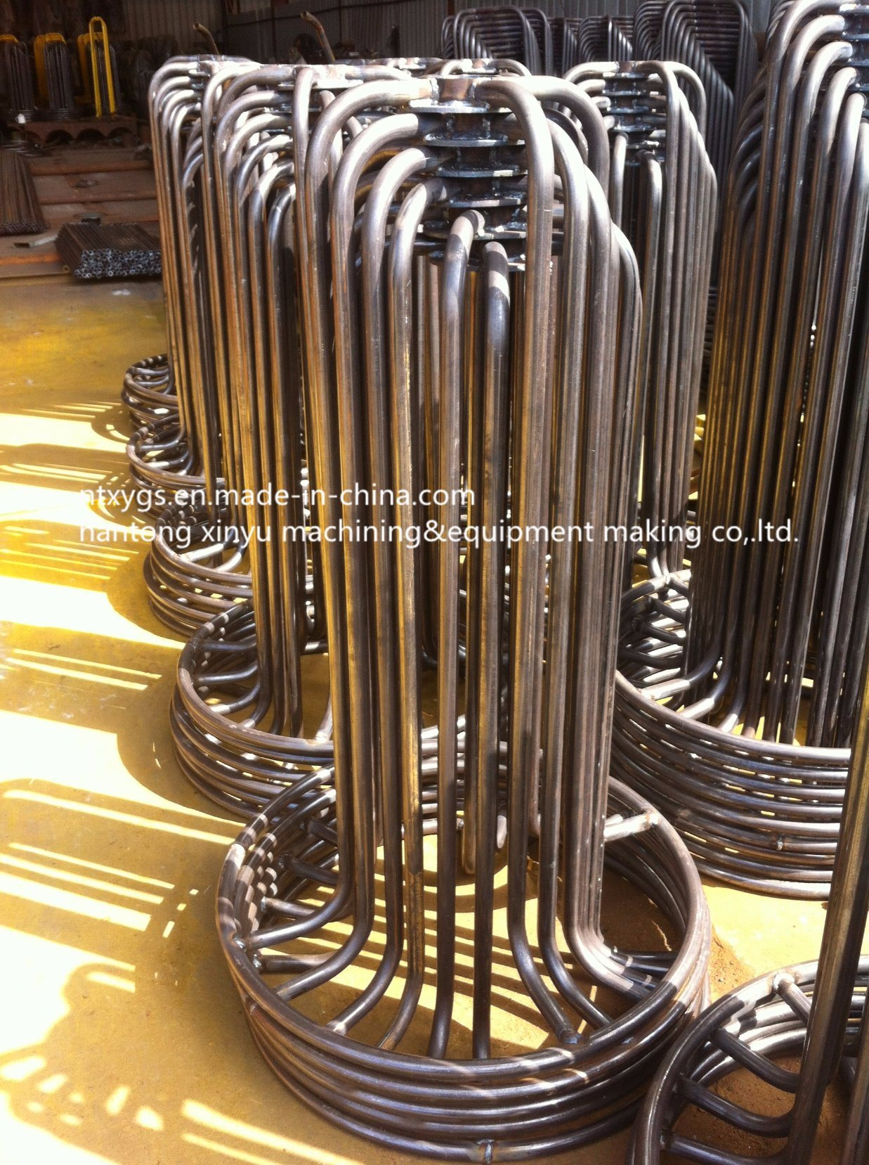 Factory Outlet Bright Round Base Steel Wire Carrier