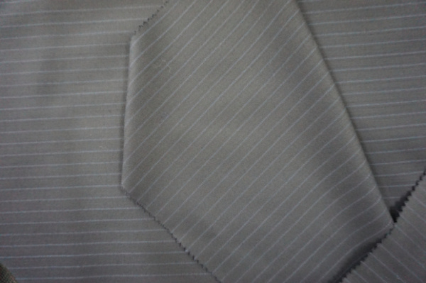 Wool Fabric Tweed Streak Suiting Fabric