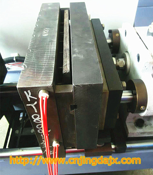 Hot-Box Core Shooting Manufacturing&Processing Machinery (Jd-300-II)