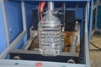 5 Liter Semi Automatic Pet Blow Moulding Machine