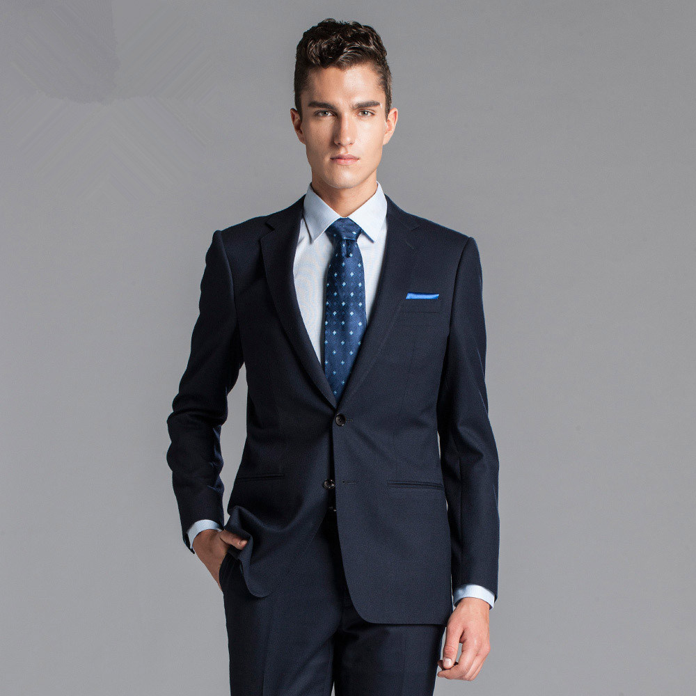 China New Italian Fashion Style Men′s Business Suit Photos