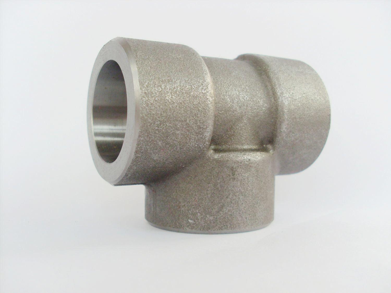 China high pressure fitting tee socket weld end
