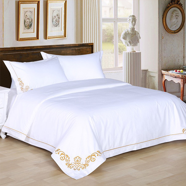 100% Cotton Satin White Hotel/Home Bedding Sets with Embroidery (DPF107508)