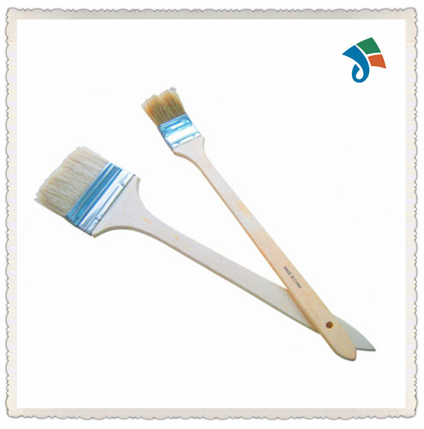 Cleaning Paint Brushes with Wooden Handle Radiator Paint Brush