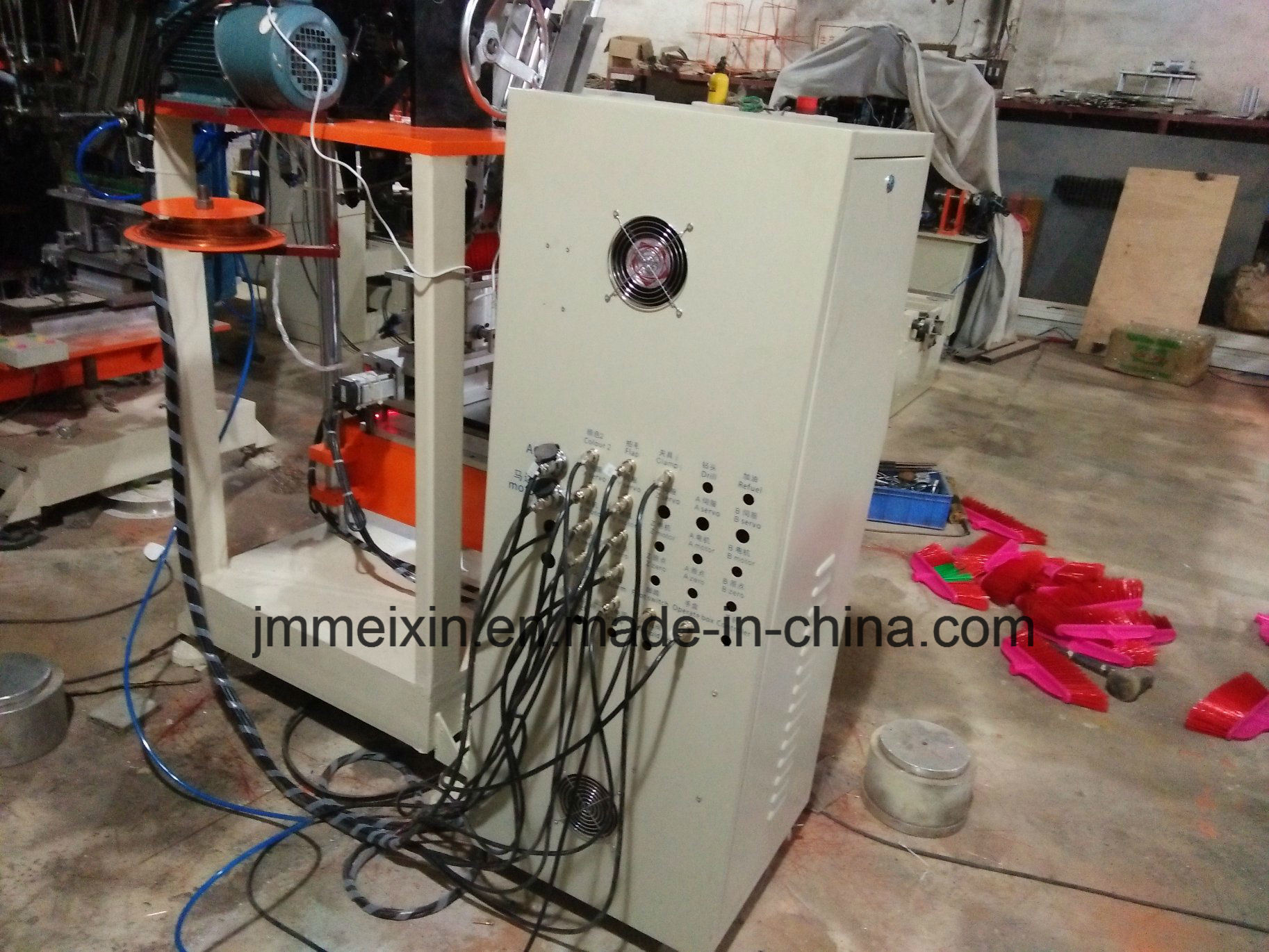 CNC 2 Axis Double Colour Broom Tufting Machine