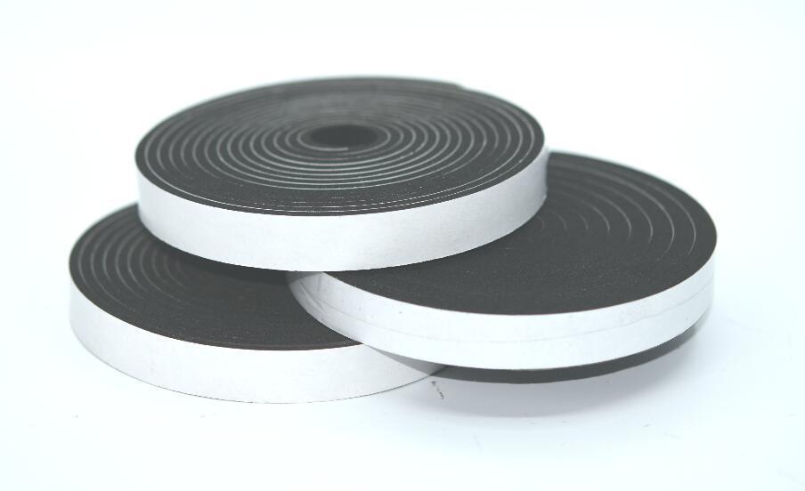 Black Color Close Sell Self Adhesive Neoprene Cr Foam Sealing Tape