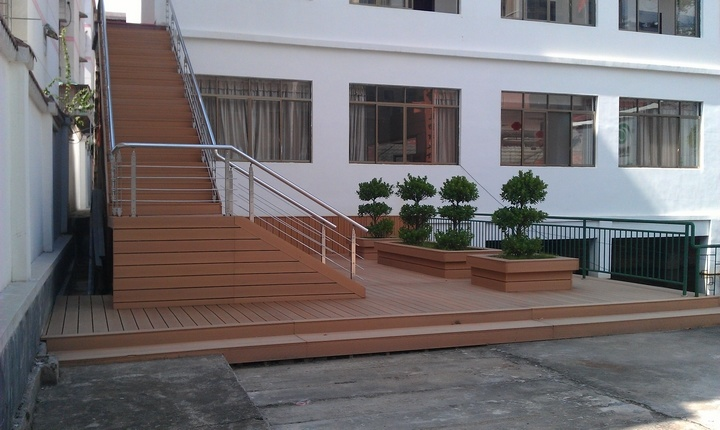China Outdoor Wood Plastic Composite Flooring WPC Flooring Manufacturer