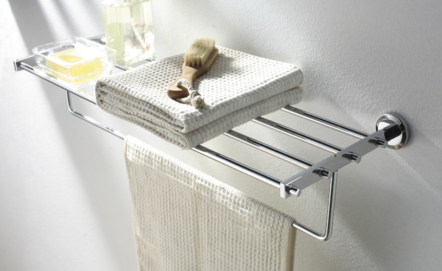 Simple My Bath FINALLY Gets Some Towel Storage