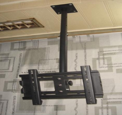 http://image.made-in-china.com/2f0j00rMbEkedJkSqY/Tilt-Plasma-TV-Ceiling-Mount-WBV-TM-025-.jpg
