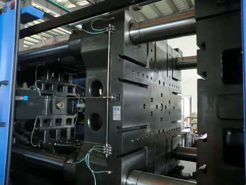 Variable Pump Energy Saving Injection Moulding Machine