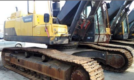 Gently Used Volvo Crawler Excavator in Good Condition for Sale Ec380dl