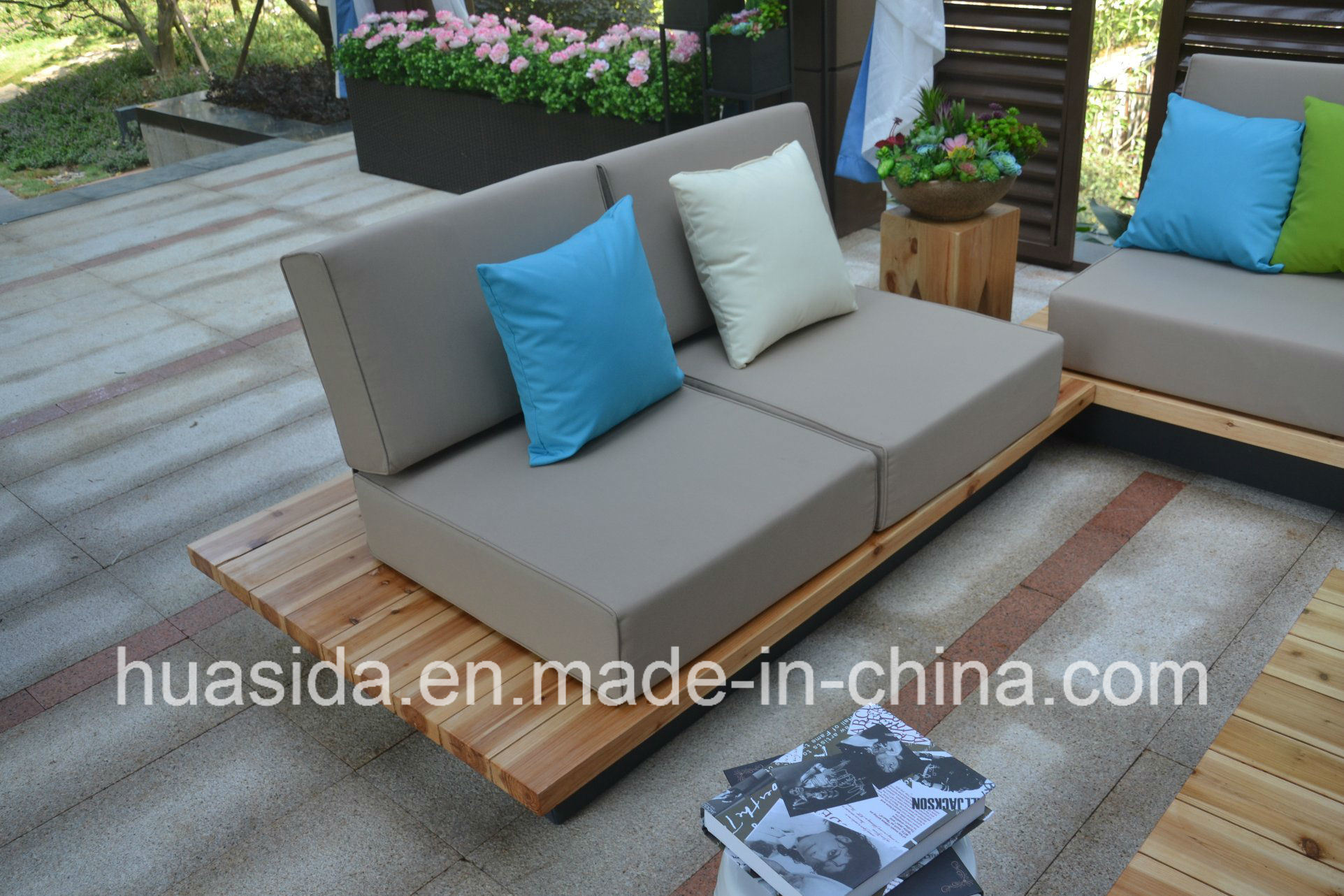 Waterproof Anti-Faded Solid Wood Modular Sofa Set