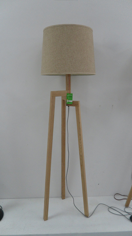 Lightingbird Hot Sale Modern Decorative Floor Lamp with Fabric Shade (LBMD-ZM)