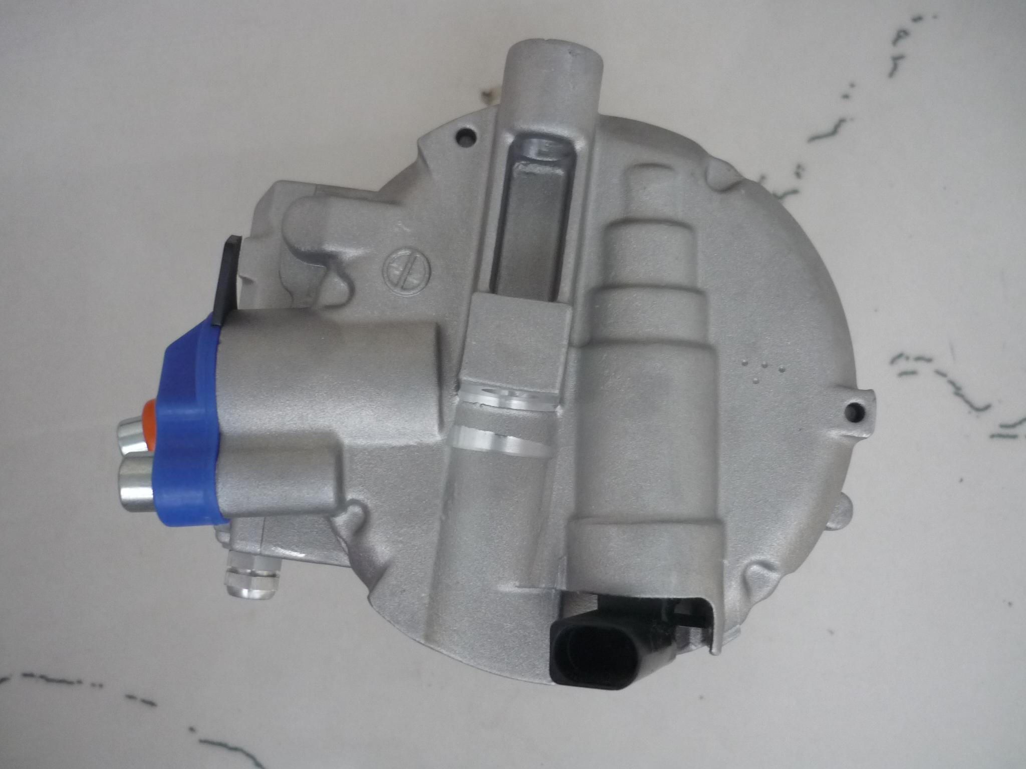 7seu16c Auto AC Air Conditioning Compressor for Audi