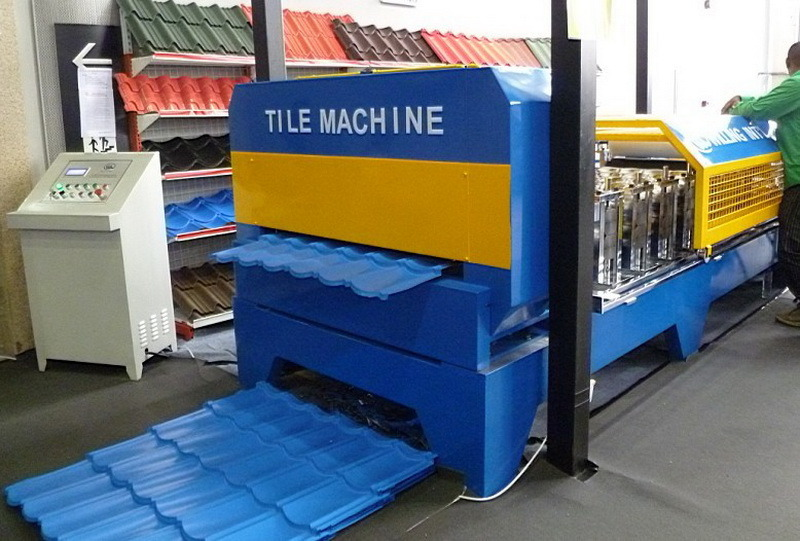 Roof Panel Roll Forming Machine/Metal Sheet Roofing Machine