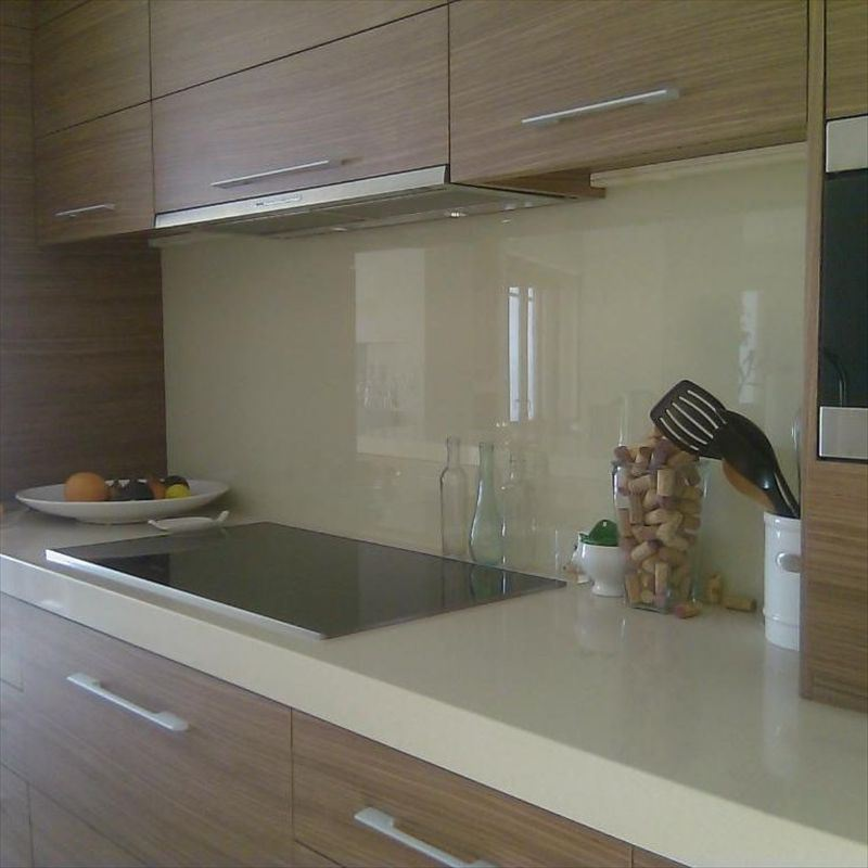China coloured glass backsplash photos pictures made in - Glass kitchen backsplash pictures ...