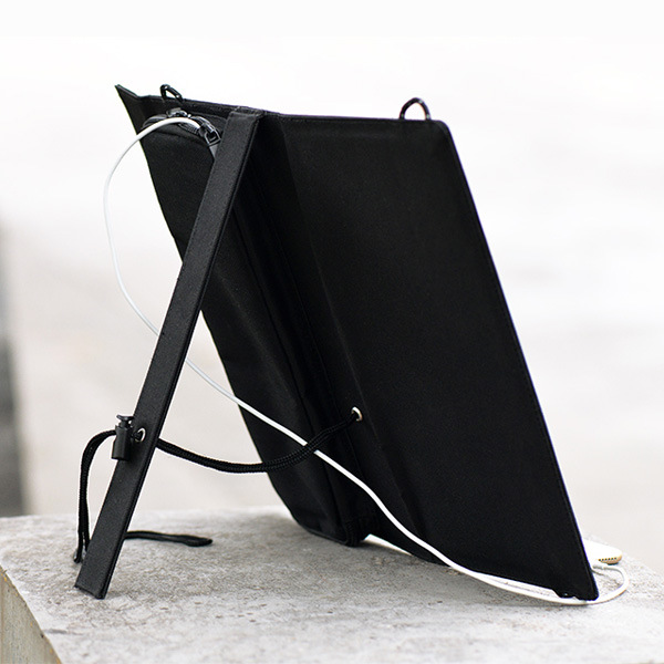 12W Foldable Solar Charger for The Mobile Phone Laptop