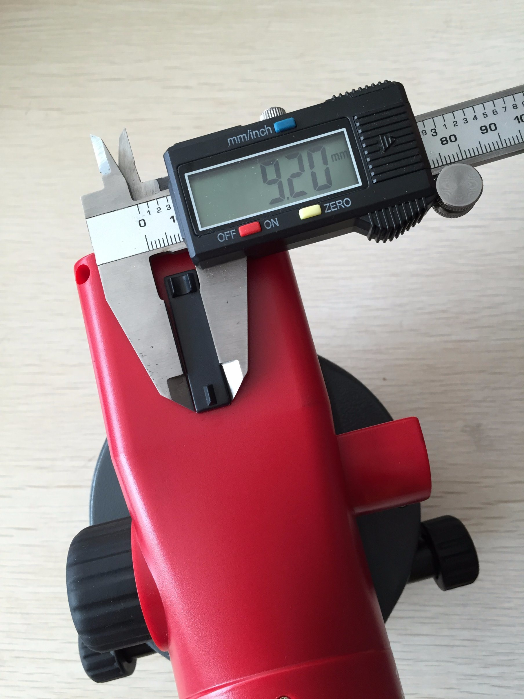 Types of Surveying Instruments 32X Ds-C32 Automatic Level Topograp