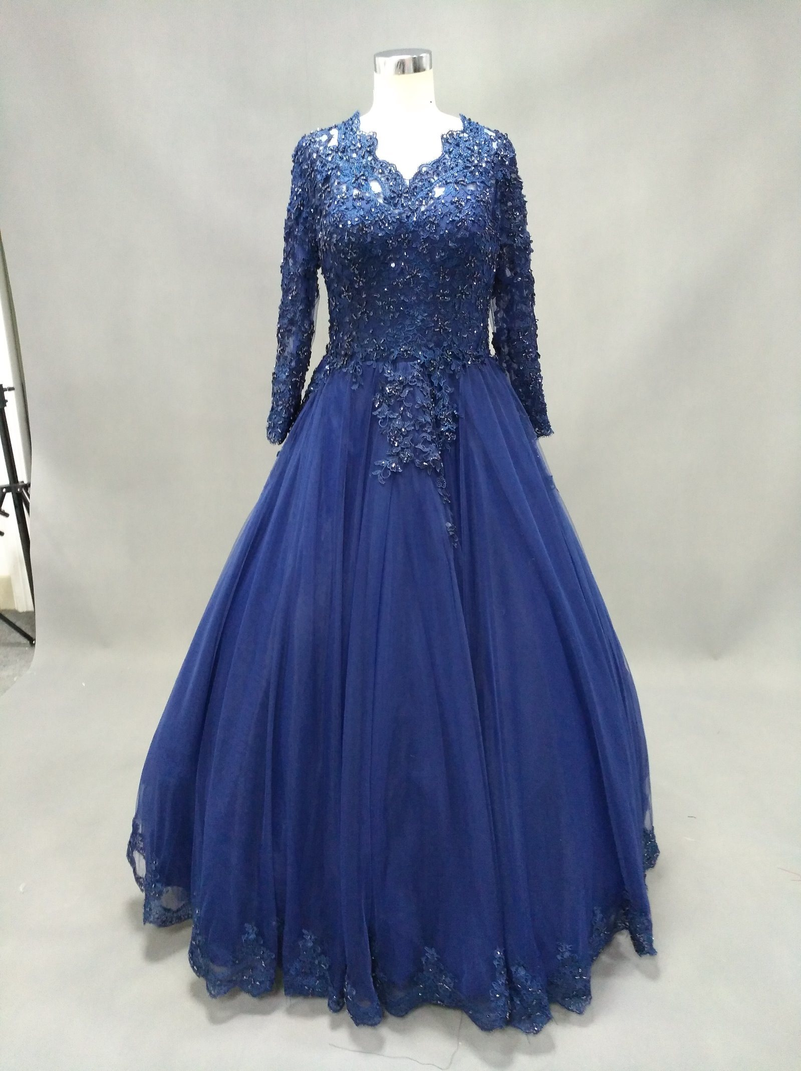 Long Sleeve V Neck Lace Blue Ball Gown Evening Dress