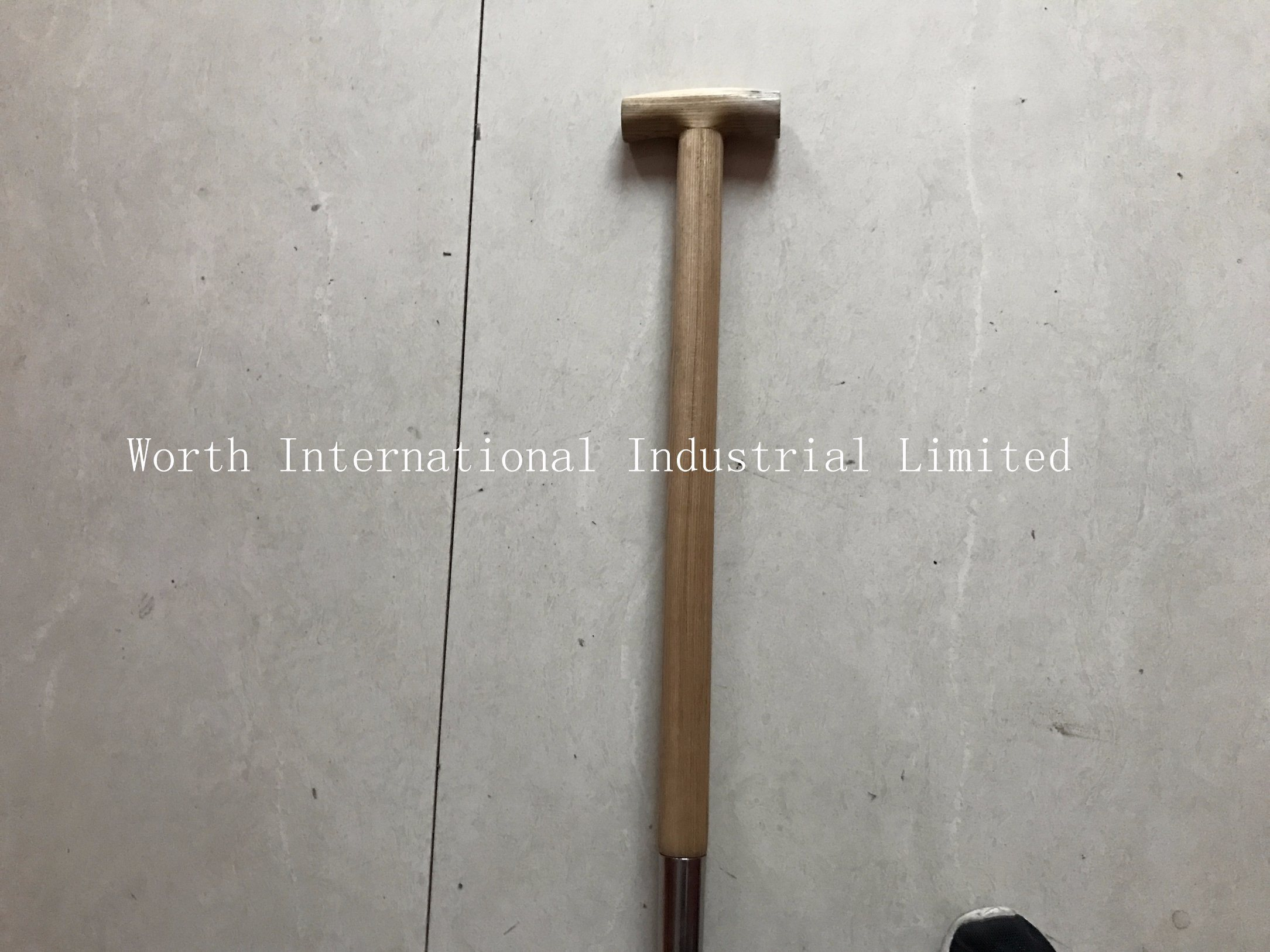 T Wooden Handle Stainless Spade