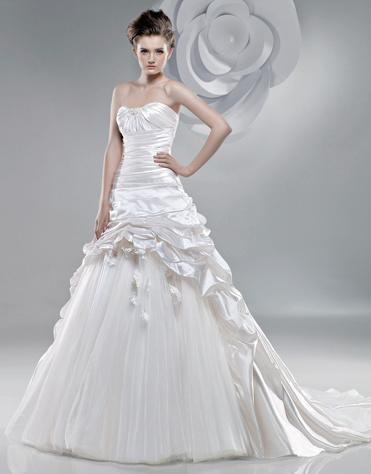 2011 New Wedding Dress L2019  عکسهای لباس های عروس 2013