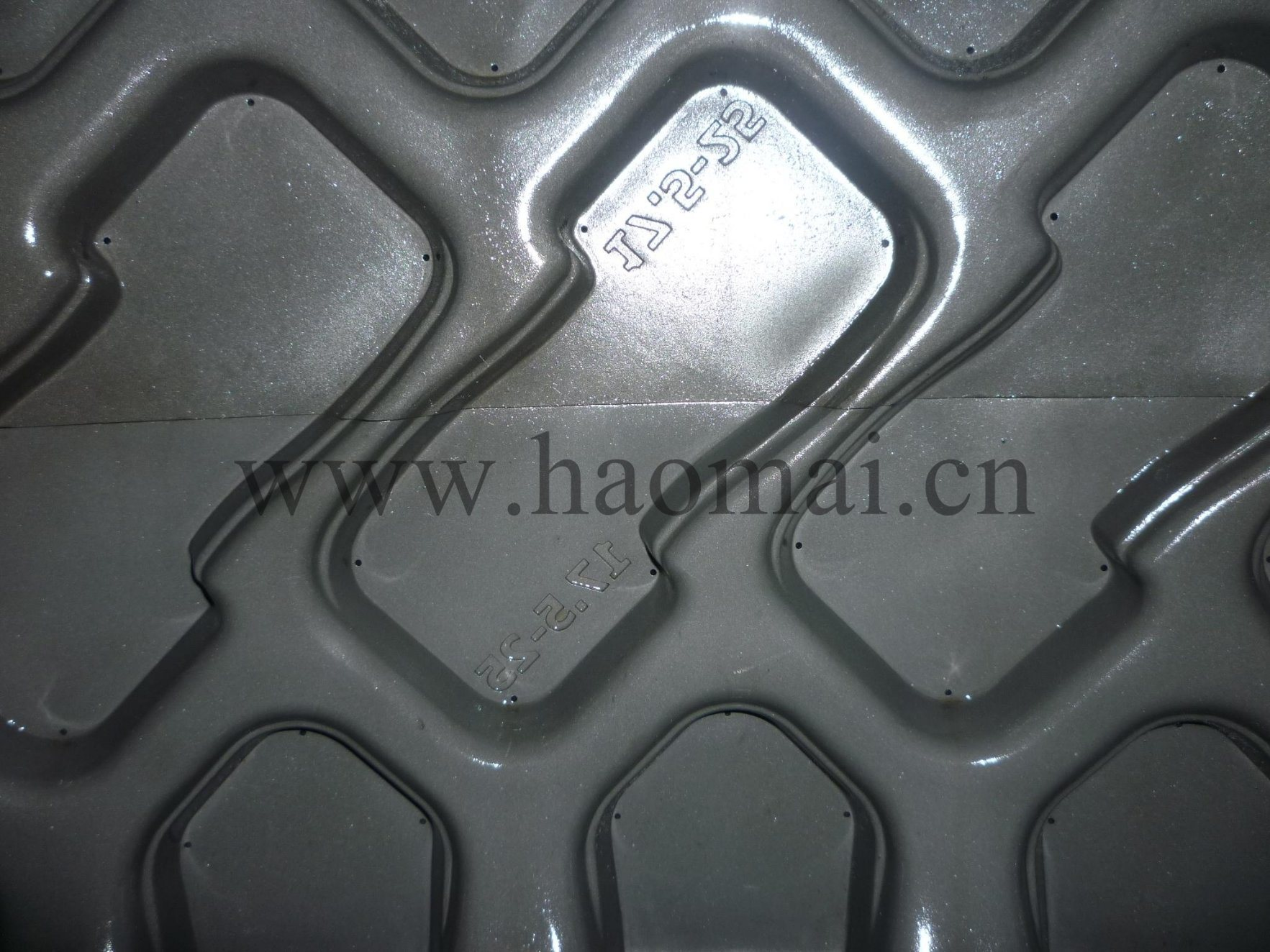 Industrial OTR Tyre Tire Mould