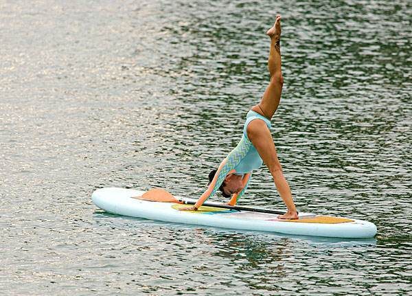 Blue Inflatable Yoga Sup Surfboard of Waterboard, Stand up Paddle Board Epoxy