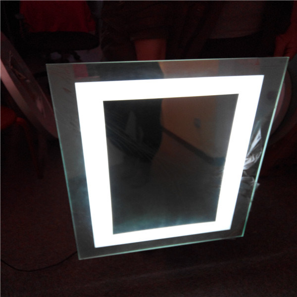 ETL IP44 Rated Us Hotel LED Illuminated Hotel Bathroom Mirror