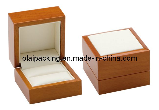 Luxury Glossy Solid Wood Ring Box (KZJZH03)