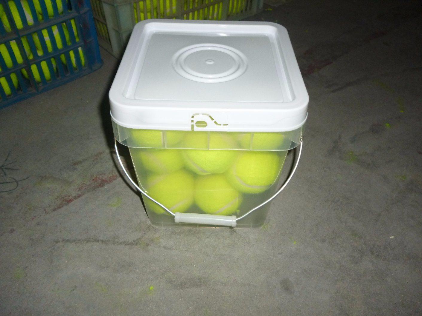 Plastic Bucket 12PCS Tennis Ball