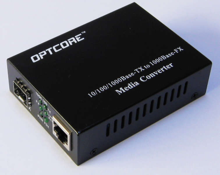 Copper to fibre media converter