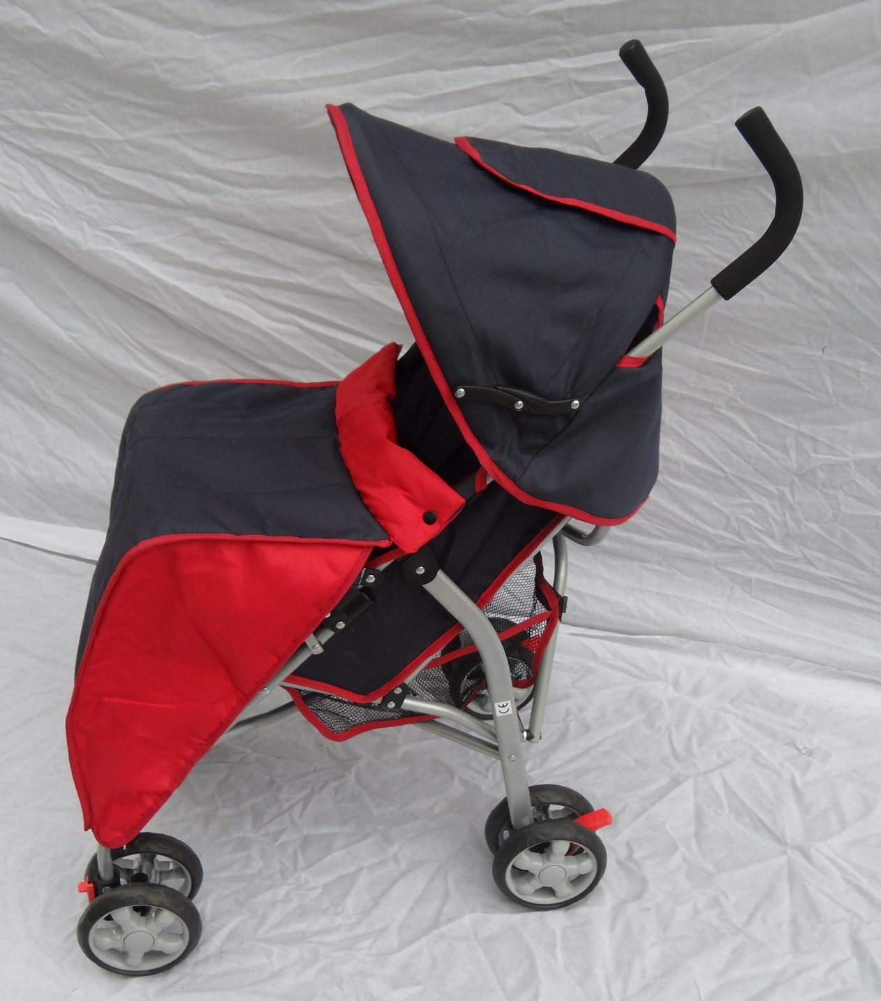 Fold European Baby Stroller with Rain Cover and Foot Cover