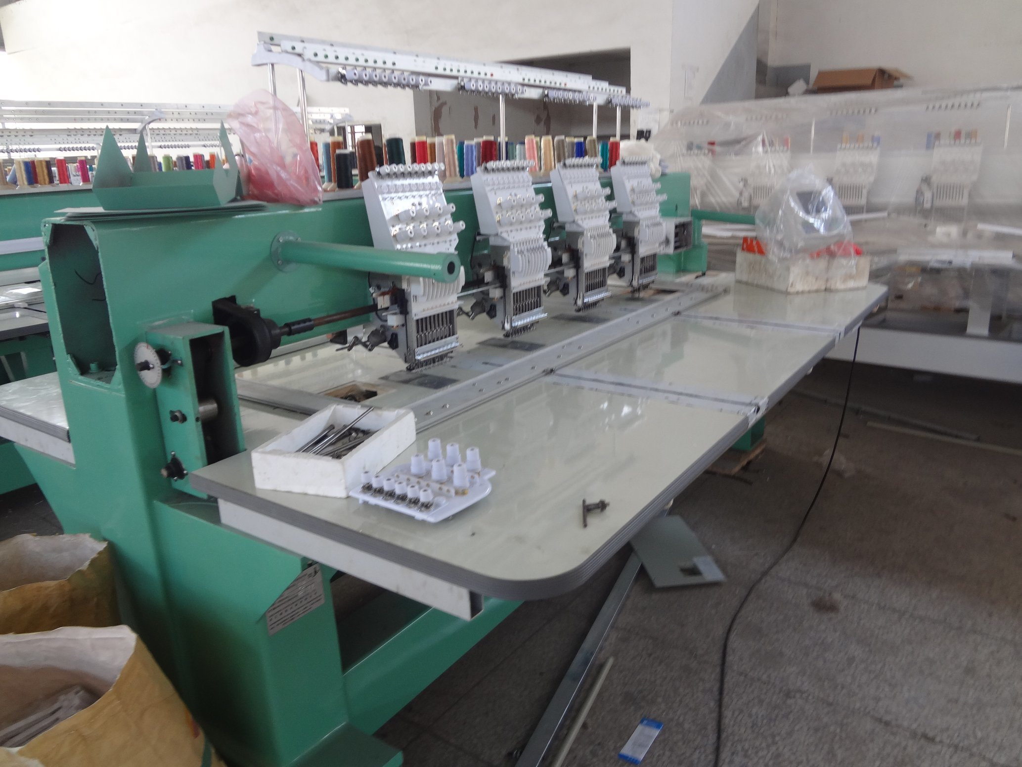 4 Head Cap T-Shirts Embroidery Machine