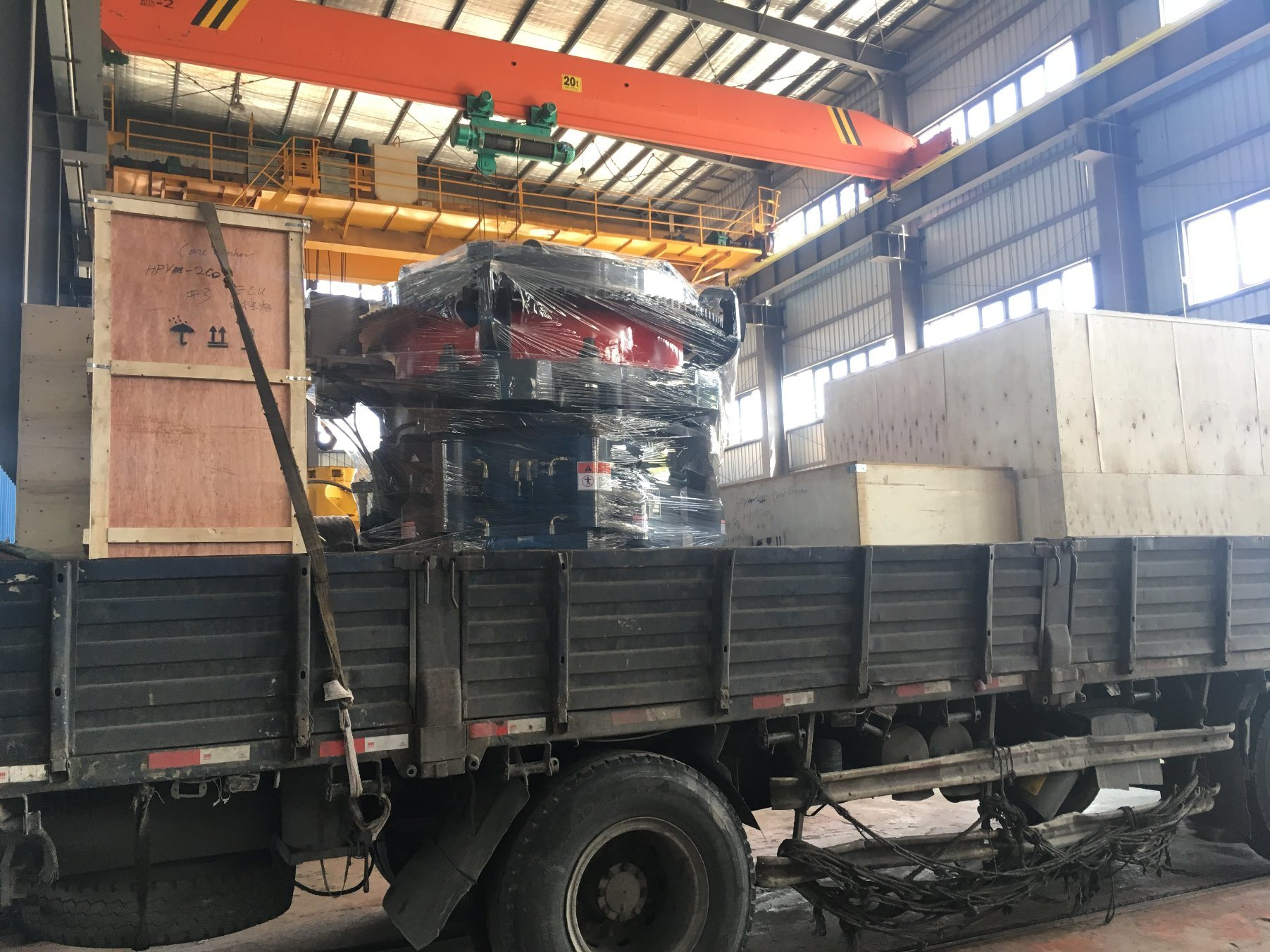 Metso Type Hydraulic Cone Crusher Hpy200 for Rock/Quarry/Mining