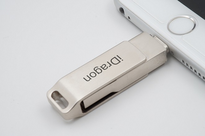 Portable OTG USB Flash Drives for iPhone Smartphone 16GB-128GB Available (OM-MU009)