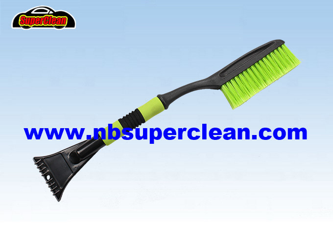 New Design Best Selling High Qualiy with Ice Scraper Snow Cleaning Tool (CN2230)