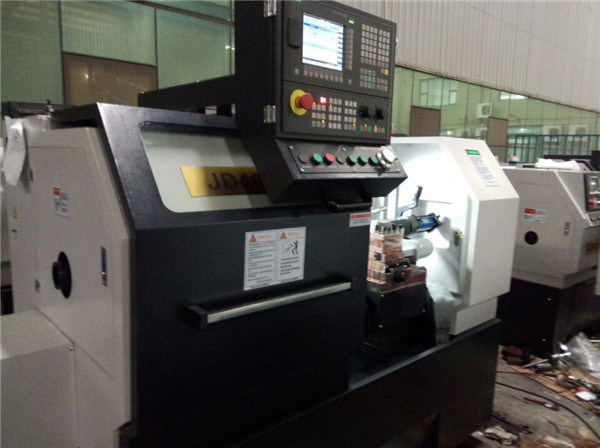 Chinese Light Duty Horizontal Small CNC Lathe for Sale