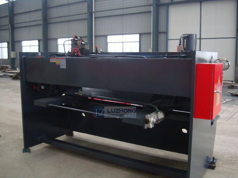 Shearing Machine QC11y-6*1500 Guillotine Hydraulic Shearing Machine