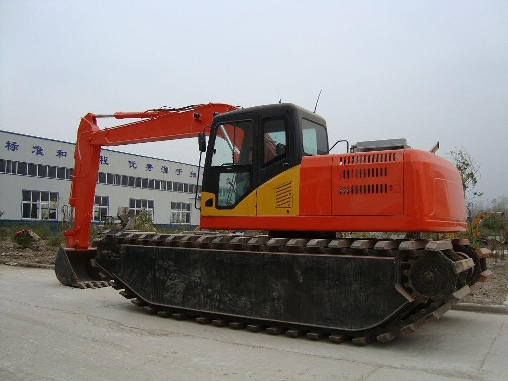 Amphibious Excavator Manufacturers