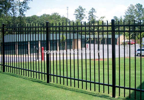 Steel fence panels fences - Aluminum vs steel fencing ...