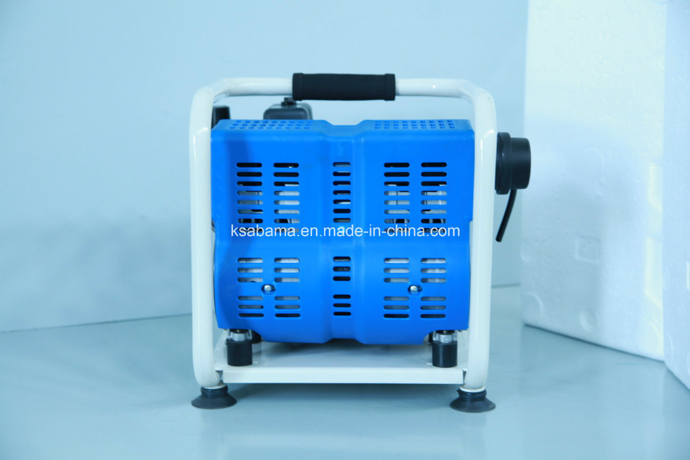 Tat-1004 1.0HP 4L Hand Carry Oii Free Silent Air Compressor