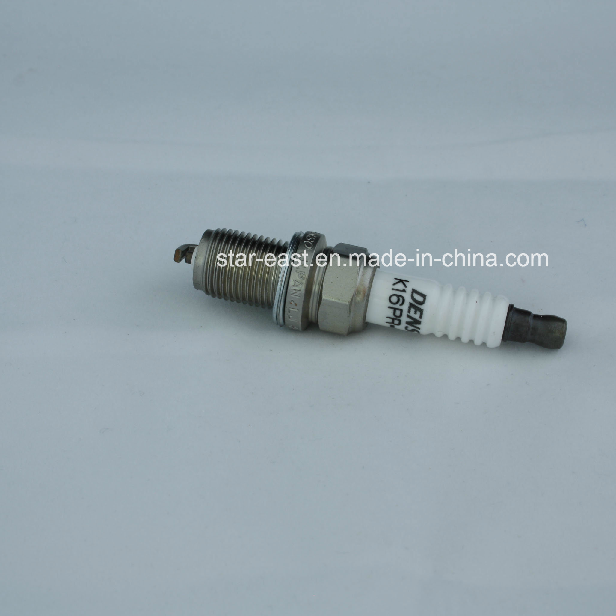 Hight Quality Spark Plug K16 for Denso Toyota/Nissan/Vw