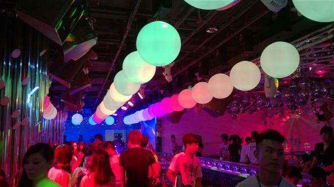 DMX LED Lifting Ball Equipment Stage Disco Light