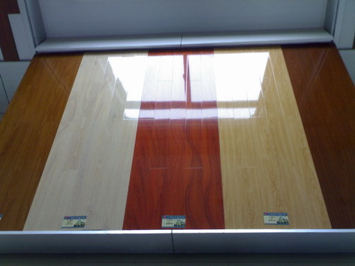 Laminate flooring paint laminate flooring for Can you paint engineered wood floors