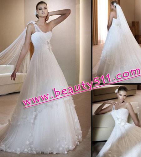 2011 NewStyle Strapless Designer Wedding Dresses Bridal Gown Q1012