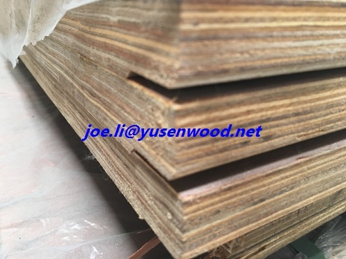 Waterproof 28mm Container Floorboard/ Keruing Apitong Polywood Floor