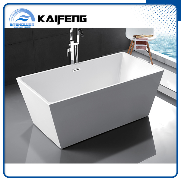 Luxurious Compact Freestanding Acrylic Bathtub (KF-719B)