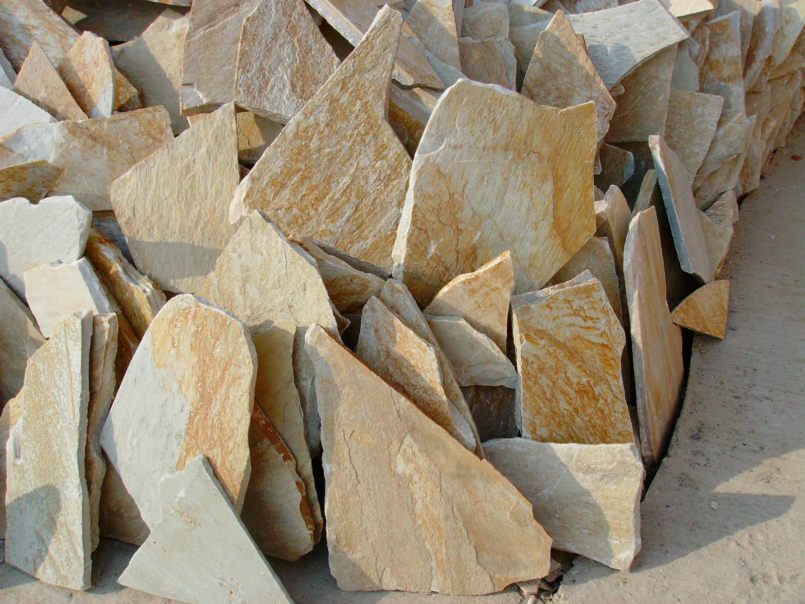 Irregular Yellow Slate Flagstone for Flooring Tiles